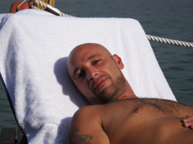 escort italiane genova gay massage in milan